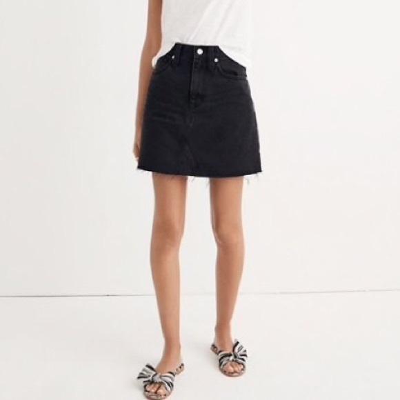 Madewell Dresses & Skirts - Madewell denim skirt